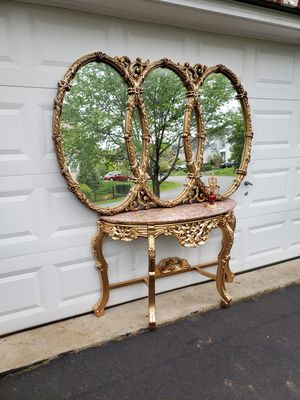 Marble top console table with Gold Hollywood Regency triple ring Mirror and candle holder for Sale in Gainesville, VA
