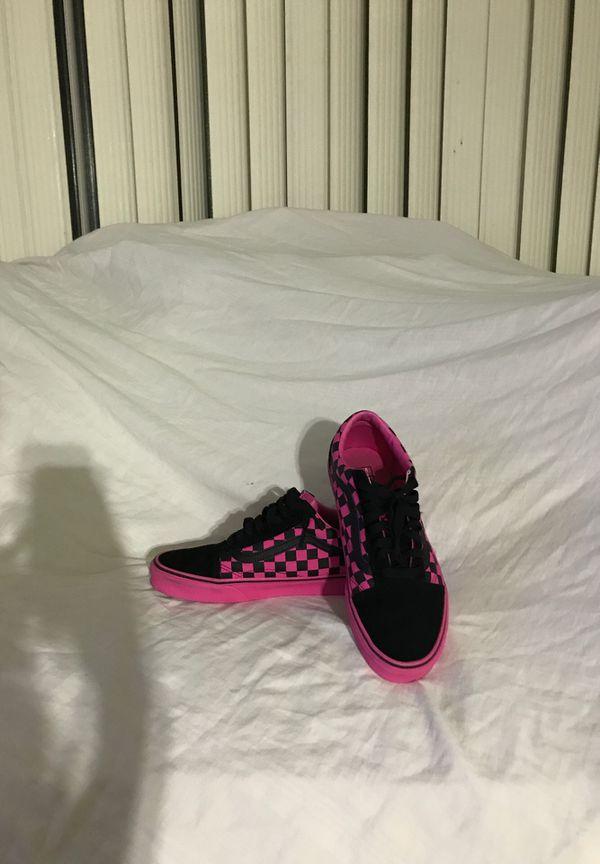 Pink/black, checkerboard vans, size 8/5