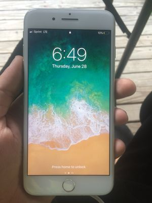 iPhone 8 Plus 64gb for Sale in Nashville, TN