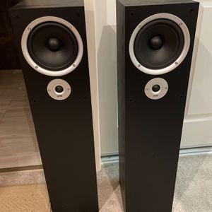 Polk Audio R300 floor-standing speaker One Pair for Sale in San Bruno, CA