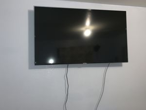 Samsung smart tv 50 inches for Sale in Los Angeles, CA