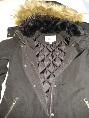 C h bass co., Parka,. With. Hood for Sale in Pico Rivera, CA