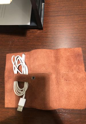 This is ground brand real leather cord holder . Goes for $40 on website selling for $20 for Sale in Los Angeles, CA