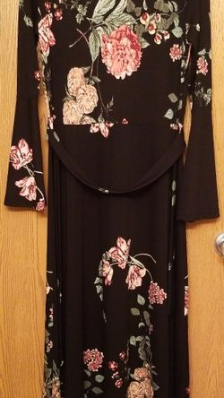 Floral Maxi Dress for Sale in Bloomington,  IL