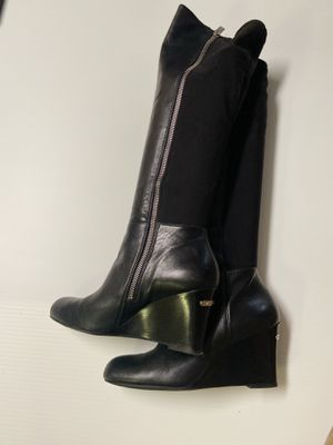 Michael Kors Knee-length Wedge Boot Leather/stretch With Side Zipper for Sale in Brooklyn, NY