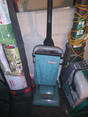 Hoover vacuum for Sale in Los Angeles, CA