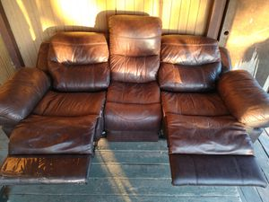 New And Used Couch For Sale In Sumner Wa Offerup