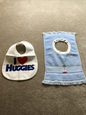 Baby items/Bibs and wash cloths for Sale in Ellisville, MO