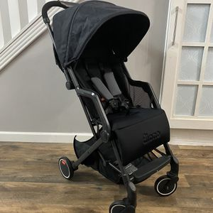 Diono Traverze Luggage-Style Stroller for Sale in Katy, TX
