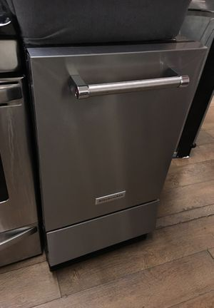 Kitchen Aid Ice Maker for Sale in Corona, CA