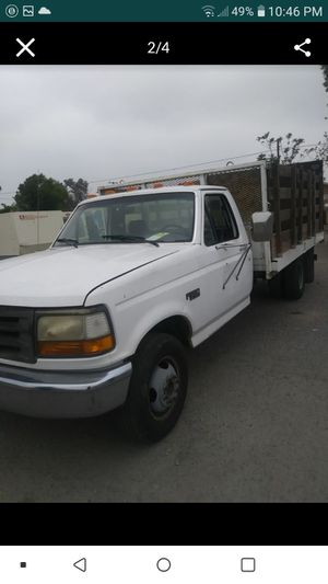104kmiles Ford f350 stakebed with big 2200lbs rearliftgate for Sale in Fontana, CA