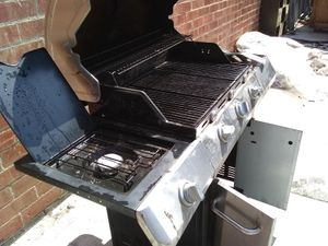 BBQ grill for Sale in Baldwin Hills, CA