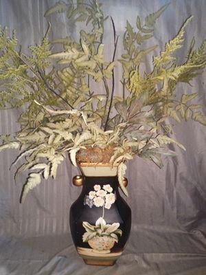 Flower vase for Sale in Lawrenceville, GA
