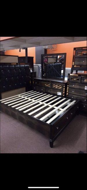 Brand new luxurious queen size bedroom set only for $1349 we deliver ! for Sale in Brooklyn, NY
