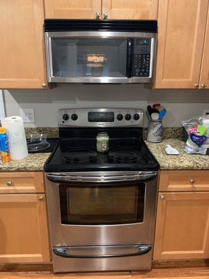 Kenmore Kitchen Appliances (Stove, Microwave, Dishwasher) for Sale in Tampa, FL