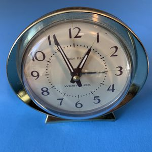 The table clock works well. for Sale in Vancouver, WA