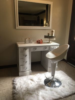 Vanity set for Sale in Arlington, TX