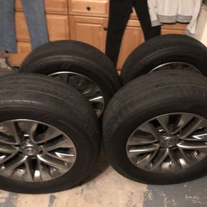 Lexus Gx 460 Tires And rims 265/60/18 for Sale in Mission Viejo, CA
