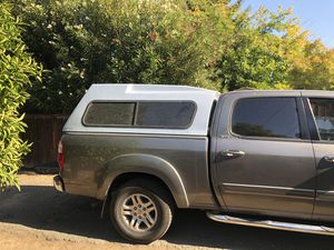 Camper for a Toyota Tundra crewcap SR5 2005 for Sale in Pittsburg, CA