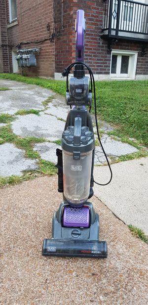 Vacuum cleaner for Sale in University City, MO