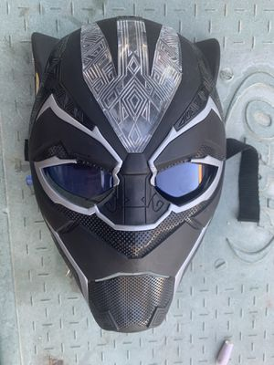 Kids light up black panther mask for Sale in Anaheim, CA