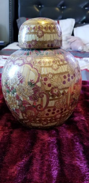 Vase for Sale in Somerset, MA