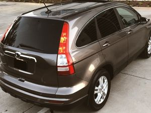 SELLING HONDA CRV 2010 POWER MIRRORS ALL SEASON TIRES for Sale in Tampa, FL
