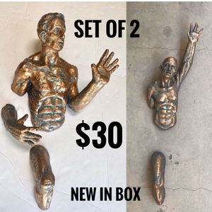 ▪️collection of 2 men on the wall • sculptures for wall decor • just shipping • $30 set for Sale in Miami, FL