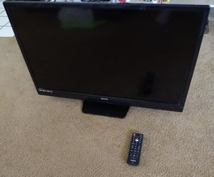 32 inch color TV flat screen excellent condition. for Sale in BELLEAIR BLF, FL