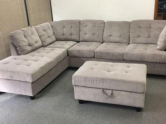 COSTCO Grey Chenille Sectional Couch And Ottoman for Sale in Renton,  WA