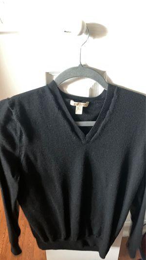 Burberry sweater for Sale in Novi, MI