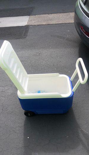 Igloo cooler. for Sale in Berkeley, CA