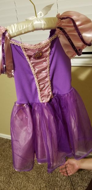 Girls Halloween costumes cute for Sale in Buckeye, AZ