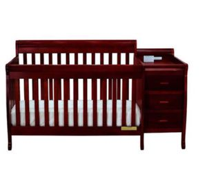 Baby crib for Sale in Brooklyn, NY