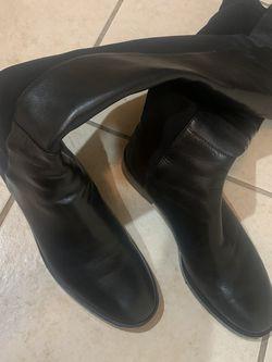 Stuart Weitzman Boots for Sale in Philadelphia,  PA