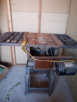 Craftsman table saw for Sale in Riverside, CA