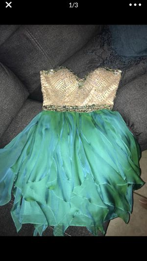 Prom dress (sherry hill) for Sale in Chandler, AZ