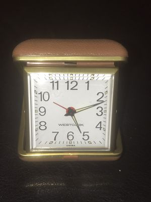 Antique looking traveling alarm clock. Works perfect for Sale in Redlands, CA