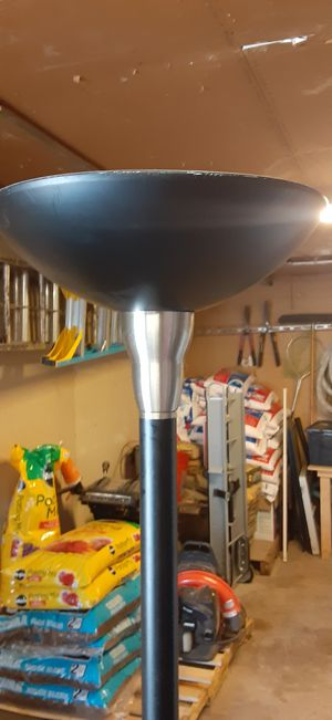 Standing lamp 5 ft tall for Sale in Wichita, KS