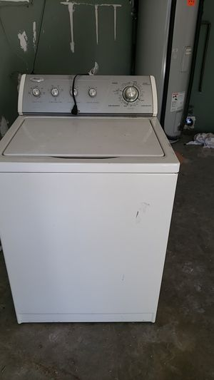 washing machine Whirlpool in good working order 100 for Sale in Stoneham, MA