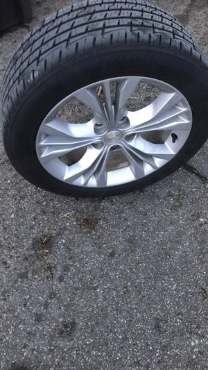 18 inch impala rims and tires for Sale in Detroit, MI