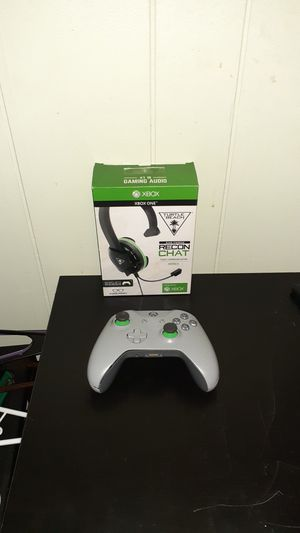 Xbox One Controller And Xbox One Turtle Beach headset for Sale in Lafayette, LA