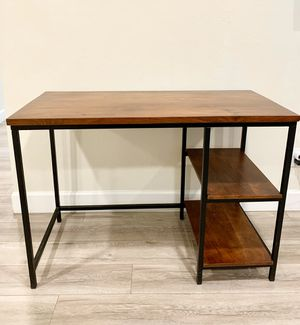 Solid Wood Desk (Perfect Condition) for Sale in San Jose, CA