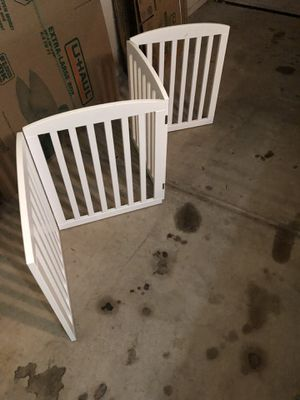 Pawland wooden freestanding foldable pet gate for dogs for Sale in Scottsdale, AZ