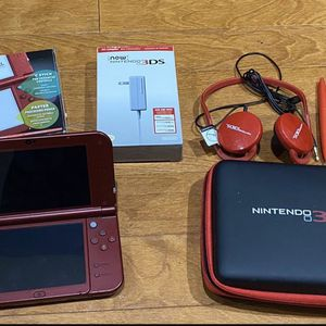 Nintendo 3DS XL Red WithTravel Case, Headphones, Wall & Car Charger, Stylus Pens, & AR Cards for Sale in Miami, FL
