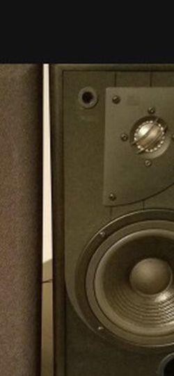 JBL Speakers LXE330 for Sale in Austin,  TX