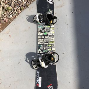 RIDE Snowboard w bindings + bag for Sale in National City, CA