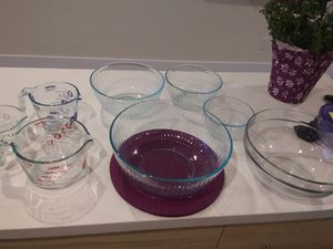 Pyrex bowls and measuring cups for Sale in Del Mar, CA