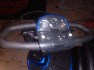 Pride victory 9 wheel chair scooter works like new for Sale in Mesa, AZ