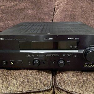 Yamaha AVR Audio Video Receiver RX-V557 for Sale in San Diego, CA